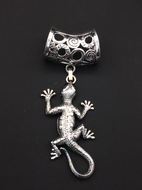 Bijou d'écharpe -Gecko