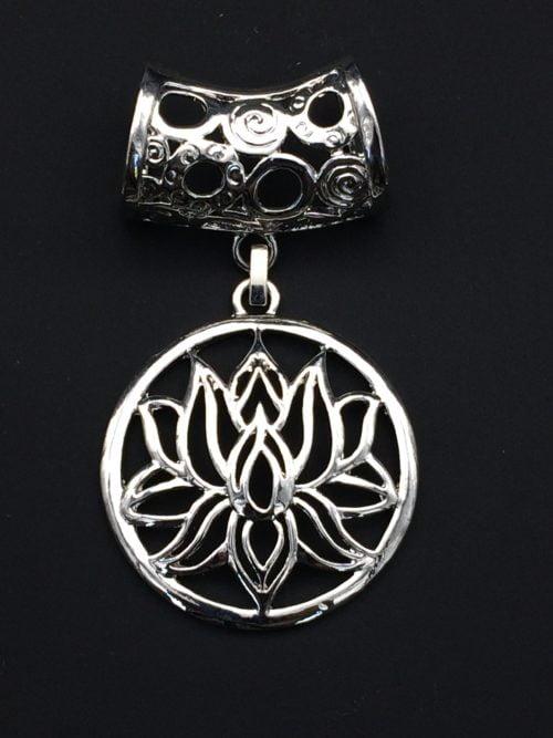Bijou d'écharpe - Lotus